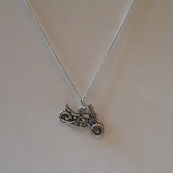 Nwt motorcycle silver plated 18 or 21 necklace nwt nwt motorcycle silver plated 18 or 21 necklace aloadofball Image collections